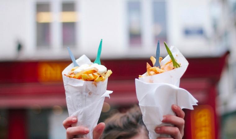 is friet uit de airfryer gezonder?